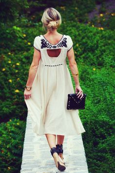 #vintage #white #embroidered #dress #fashion