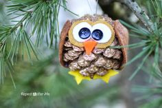Pinecone #Owl #Christmas #Ornament #DIY by Repeat Crafter Me