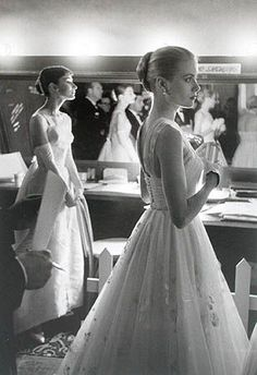 Audrey Hepburn & Grace Kelly backstage at 28th Annual Academy Awards, 21 March 1956