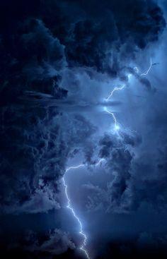lightning strike via tumblr