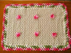 Tapete de croche com linha barroco