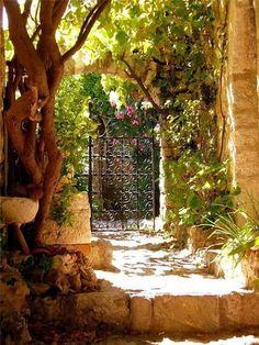 The French Tangerine: ~ enchanted garden entry