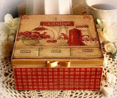 cozi kitchen, kitchen storage, decoupag techniqu, cooki box, cozy kitchen, boxes, tea box, box vintag