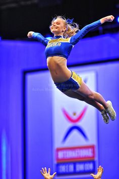 Singing ..... Fly like an eagle .... or like a competitive cheerleader flyer :-)  CHEER competition m.12.52 moved from @Kythoni main cheerleading board #KyFun