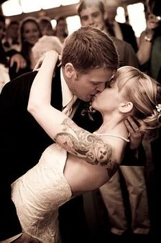Brides with tattoos <3