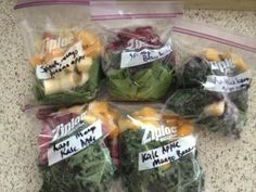 Smoothie Prepping on Healthy Momma! How to plan snacks and meals for the whole week to stay healthy! Great tips!