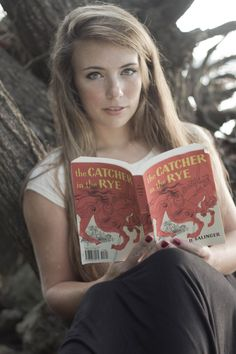 ©Brittany Clark  read, books, girl, nature, senior, portrait, dreamy, outdoor