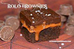 Hugs & CookiesXOXO: ROLO BROWNIES WITH FUDGE TOPPING