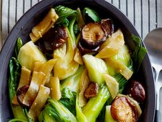 A Bok Choy and Shiitake side from #FNMag.