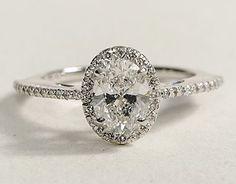 I love oval diamonds!
