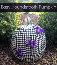 Duck Tape Houndstooth Pumpkin