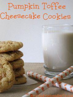 #Pumpkin #Toffee #Cheesecake #Cookies - Super simple Pumpkin cake mix cookies