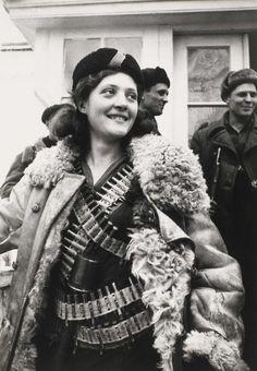 © Arkady Shaikhet - Partisan Girl, 1942. S)