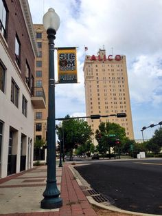 Less than 2 weeks to #McLaneKickoff. Downtown Waco's ready; are you? #SicEm #FootballOnTheBrazos #BaylorEverywhere
