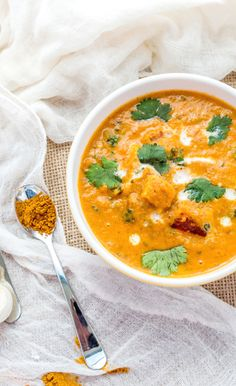 Spiced paneer tikka in onion and tomato based curry.