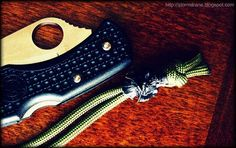 black oxide Vinnie Garoon Cowboy Bead on paracord lanyard