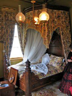 Bedroom, San Francisco Plantation