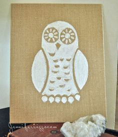 pow to paint a really cute white owl on burlap