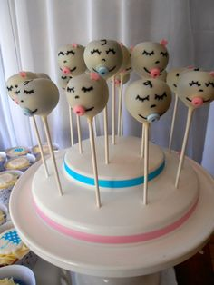 Cute baby cake pops #cakepops #baby #babyshower
