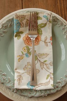 Everyday fabric napkins from a sheet, great idea!