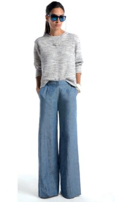 With short legs, baggy pants are hard to pull off, but I like this look very much.