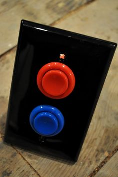 Great for game room! A light switch made from old arcade buttons. I love his recycle Upcycle repurpose.