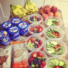 Pre pack fruit and veggies for lunches for the week. Great idea!