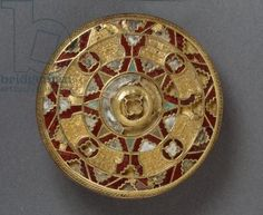 Jewelled disc brooch, from Sarre, Kent, Anglo-Saxon (gold with silver, garnets and shell)