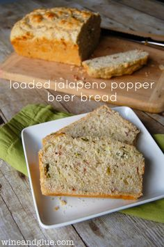 Loaded Jalapeno Popper Beer Bread!  The delicious taste of jalapeño poppers in moist and rich beer bread! via www.wineandglue.com