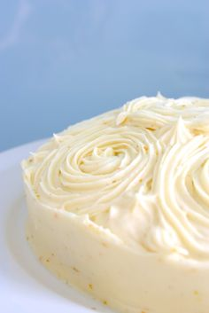 Orange Poppyseed Cake w/ Orange Creamcheese Icing :) (200 g of butter is about 1 cup and 250 g of cream cheese is 8 oz.)