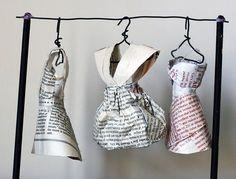 artists, book dress, fashion, bookmak idea, paper dresses, book pages, papers, art dress, paper cloth