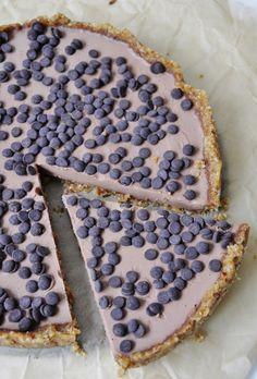 Vegan Chocolate Mousse tart or pie recipe - Vegan Family Recipes