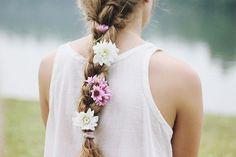 &エルサ風の髪型!結婚式 ...