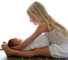 8 Adorable Sibling Poses