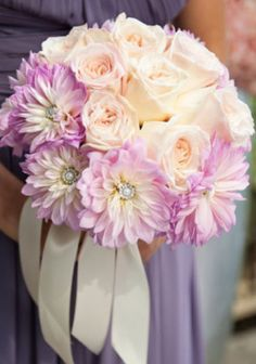 Bridesmaids Bouquet Ideas | Weddings Romantique. Nicely blended