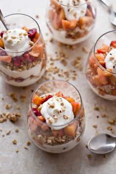 Cranberry Apple & Honey Yogurt Parfait | bloggingoverthyme.com