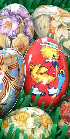 Metal Easter egg tins from England thing tin, easter eggs, egg tin