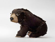 Outsiders by Atelier Volvox is a collection of secondhand stuffed animals that are turned by hand and sewn up again to get a second life.