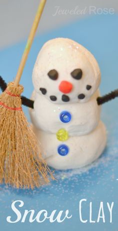 Snow Clay- cold to the touch and OH SO SPARKLY. Can be used in all sorts of ways; make ornaments for the tree, build snowmen, make handprint keepsakes....... {Such a fun way for kids to play & create this Winter}