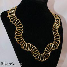 openwork necklace