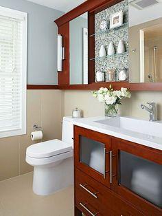 Small-Bathroom Storage. ideal para almacena cosas en los baños pequeños