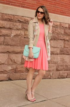 Cute Outfit of the Day: Kimberly Smiths Coral and Mint Color Combo