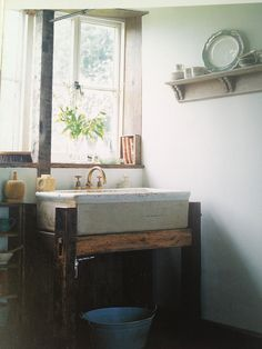 Lovely mudroom // Ryland Peters & Small