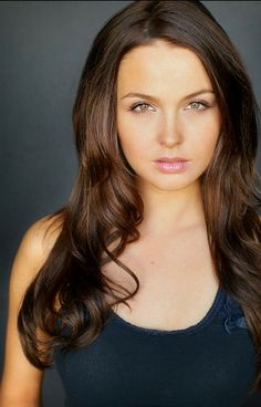 'True Blood' Actress Camilla Luddington - I really like her chocolate brown hair color! <3