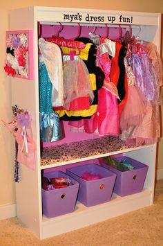 circles, books, diy hair, diy dresser knobs, diy glitter mirror