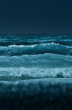 water, the wave, the ocean, ocean waves, night time, sea, beach, deep blue, blues
