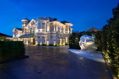 Macalister Mansion by Ministry of Design