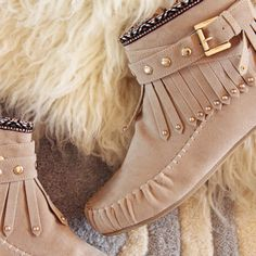 Mountain Gypsy Moccasins in Taupe, Rugged Boots & Moccasins from Spool No.72