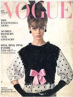 Vintage Vogue magazine covers - mylusciouslife.com - Vintage Vogue April 1963.jpg