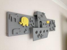 Lamp grijs / geel baby kamer Ark van noach, mijn opa zelf gemaakt